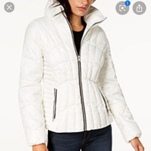 Guess women jacket/coat size M